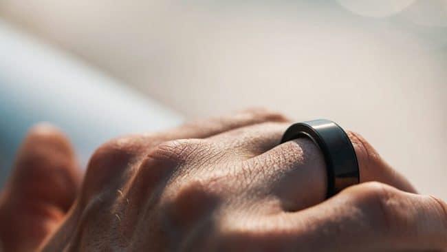 circular smart tracker