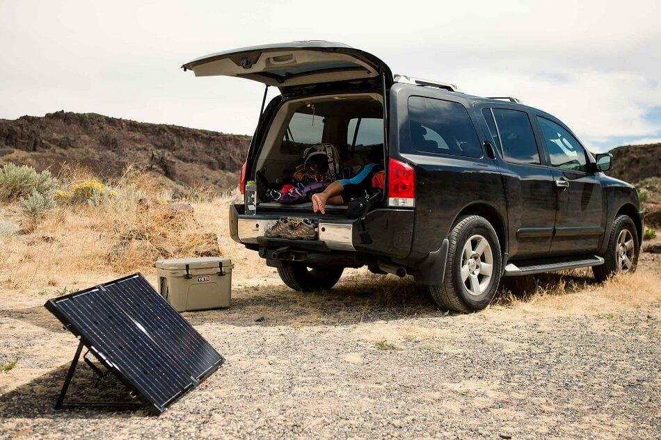 Portable Outdoor Solar Panel Suitcase